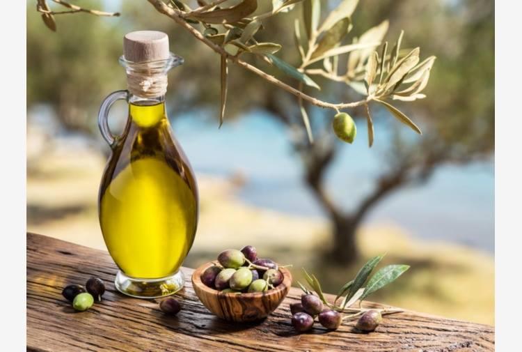Non dimenticare mai di utilizzare l'olio extravergine di oliva a crudo per condire le tue pietanze.