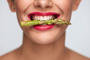 Il dimagrimento nuove forme a padova migliora la pelle spenta e le gambe e gonfie con gli asparagi