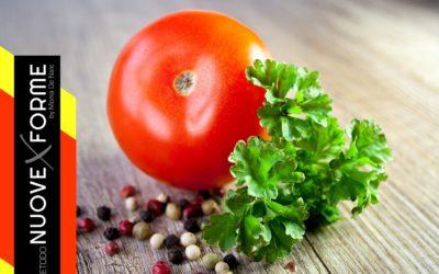 Ricchi di acqua, il 94%, i pomodori hanno sapore di estate.